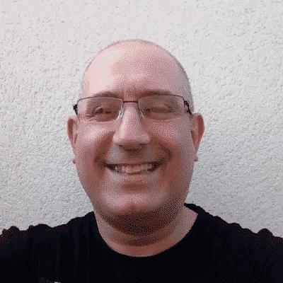 Team member profile photo Paul